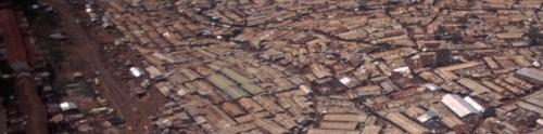 Nairobi_Slums_bar