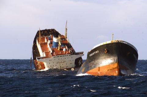 Affondamento_della_petroliera_Prestige