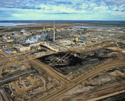Syncrude upgrader. Alberta Tar Sands. 2005.